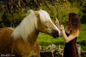 Frau_Pferd 02