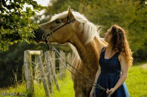 Frau_Pferd 06